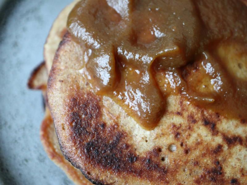 Små krydrede pandekager med mild græskarsmag