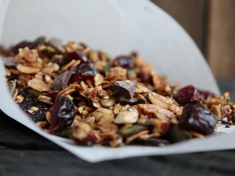 Lav din egen granola med hasselnødder