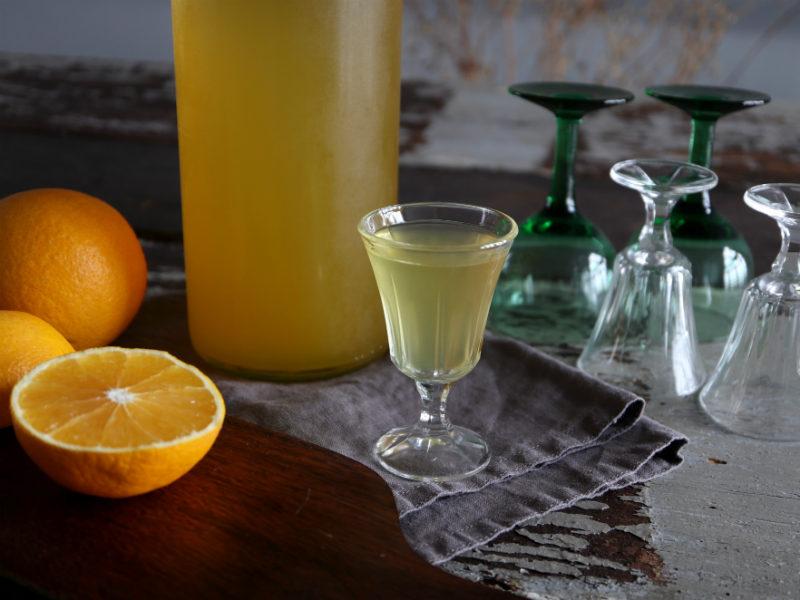 Hjemmelavet orangelikør