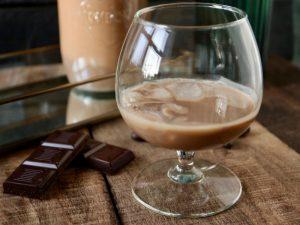 Hjemmelavet chokoladelikør