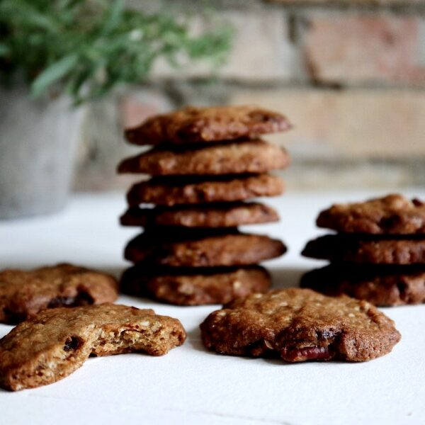 Cookies med hvid chokolade og pekannødder