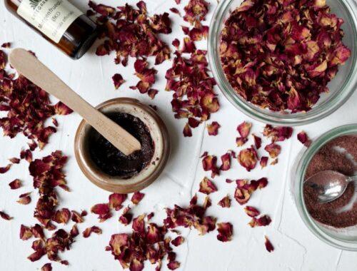Rosen-honning ansigtsmaske