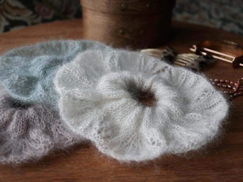 Flower Mohairscrunchie